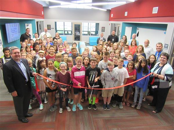 WOHE Ribbon Cutting